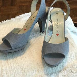 NWT OIB Chambray slingbacks, 4-inch heels